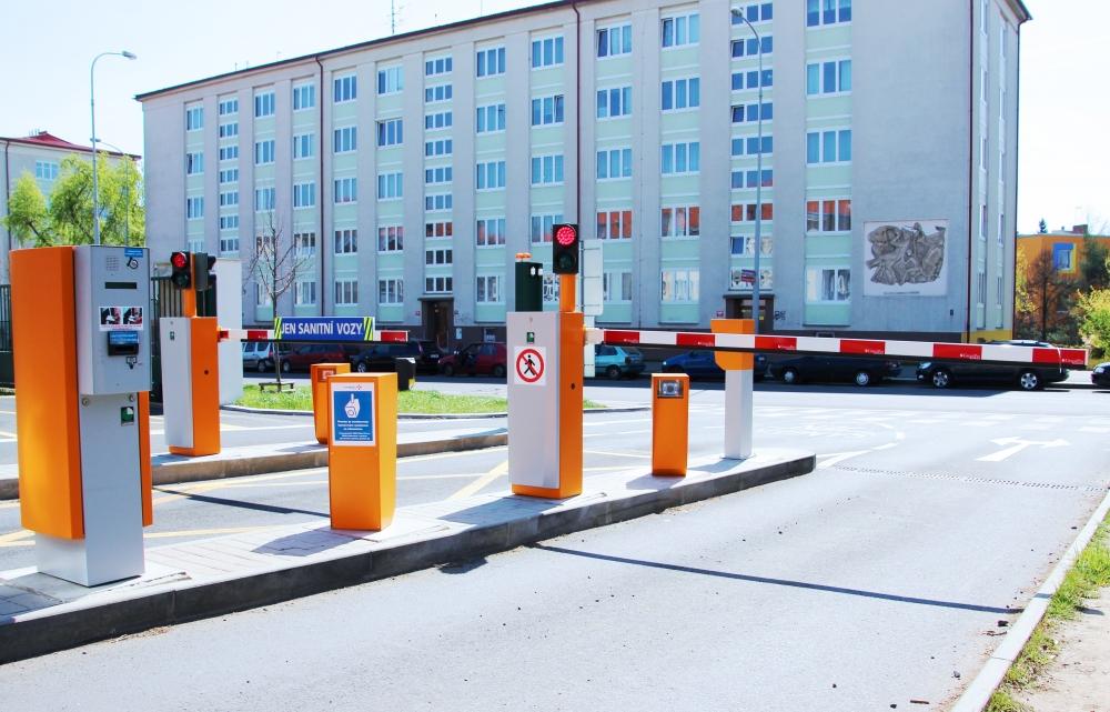 Parkovací a vjezdové systémy